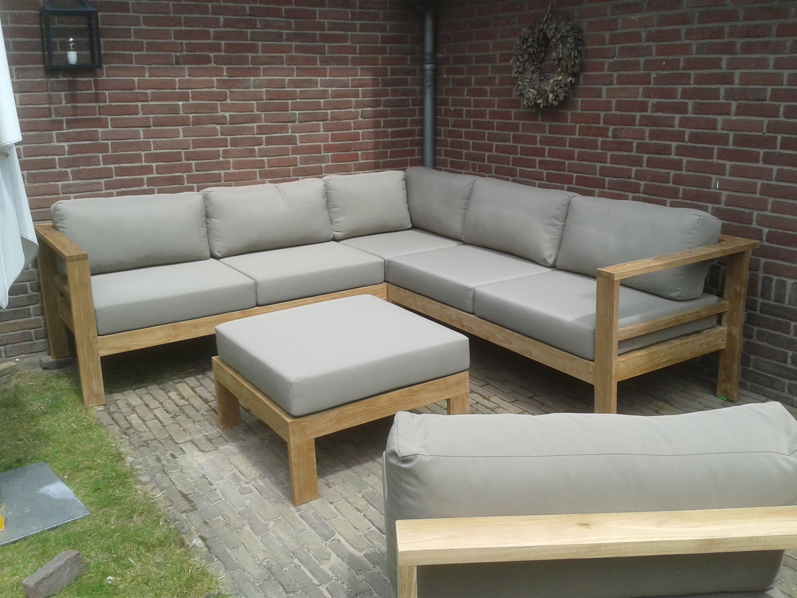 Block loungeset. living home outdoors palazzo chaise lounge set of