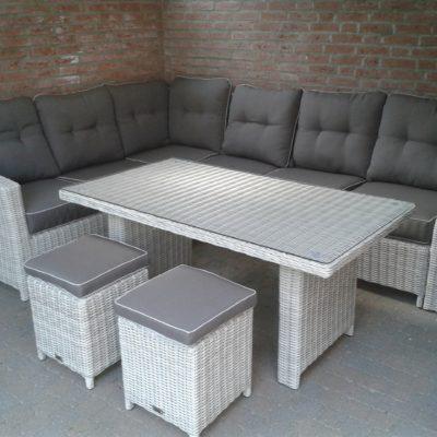 Aston lounge dining